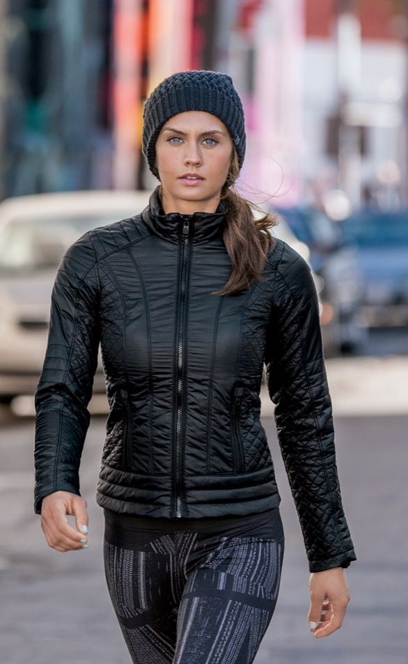 The North Face Shinsky Reversible Beanie North Face Women Fitness