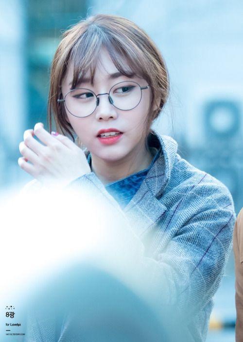 LOVELYZ - Seo JiSoo 서지수 #안경