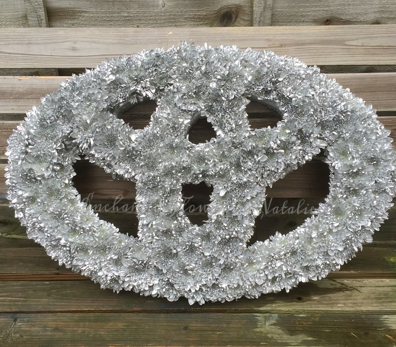 Toyota car badgesymbol funeral tribute bespoke wedding funeral toyota car badgesymbol funeral tribute bespoke wedding funeral flowers enchantedflowersbynatalie izmirmasajfo Image collections