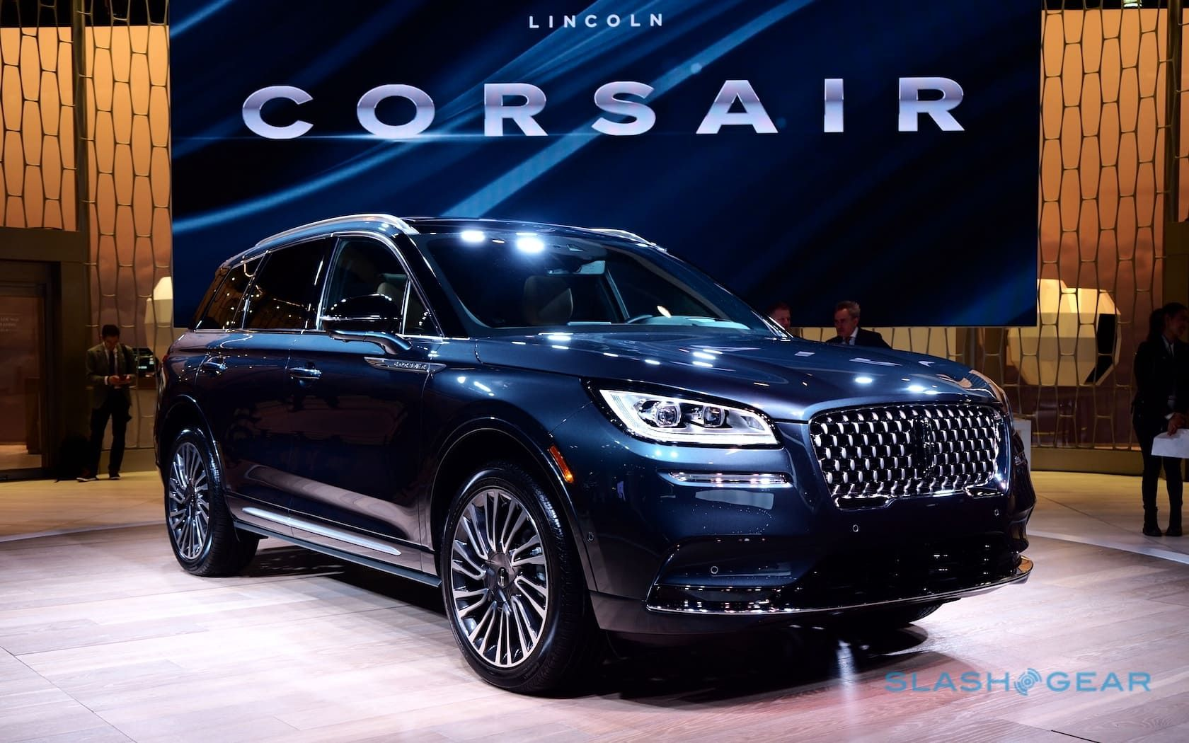 Top 30 Latest Indian Bridal Wedding Hairstyles Images 2019 2020 Luxury Crossovers Crossover Cars Lincoln Aviator
