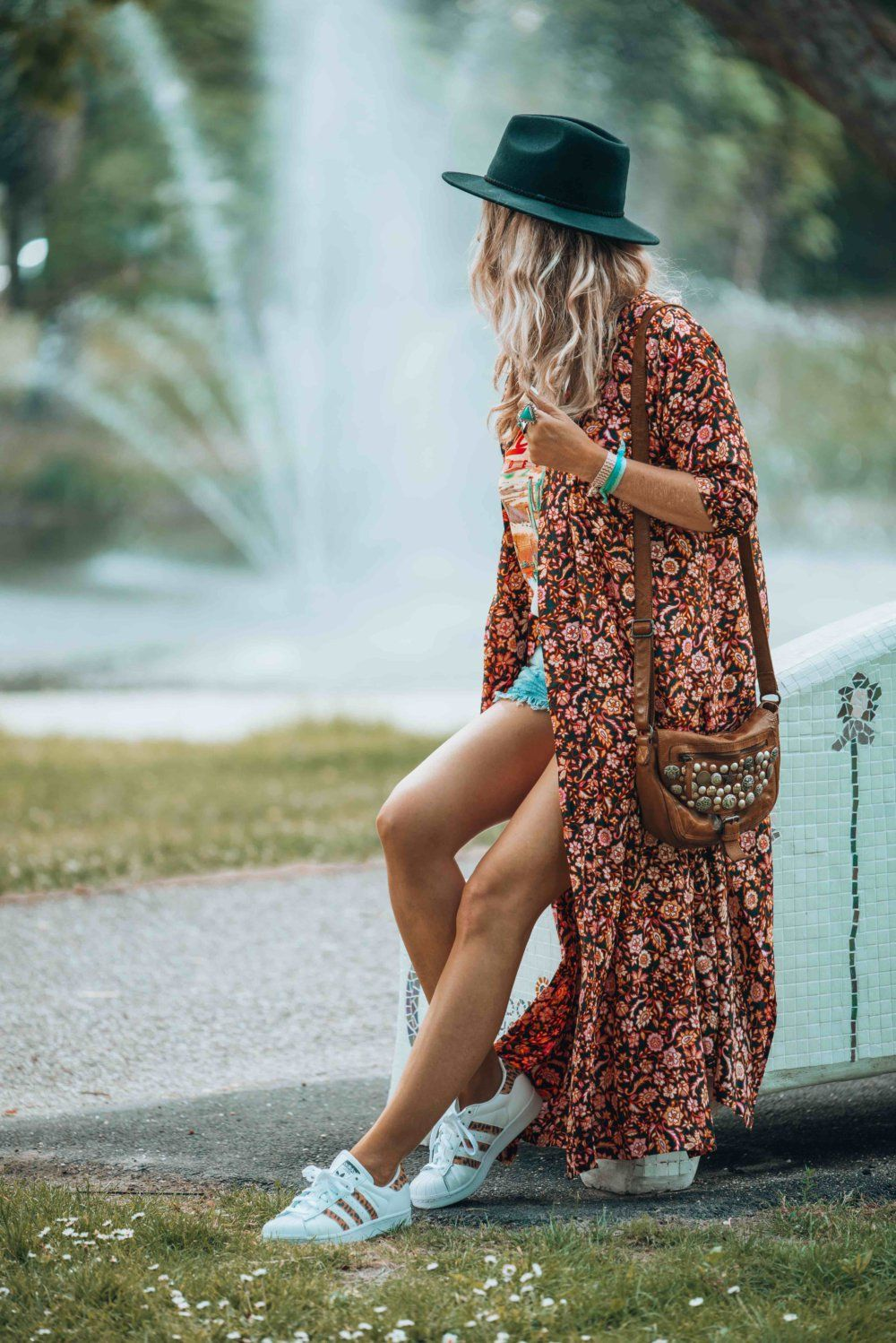278c6a6859 The perfect bohemian summer style fashion for you to try this season ...