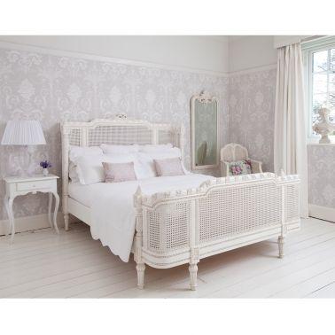 Provencal Lit White Rattan Bed