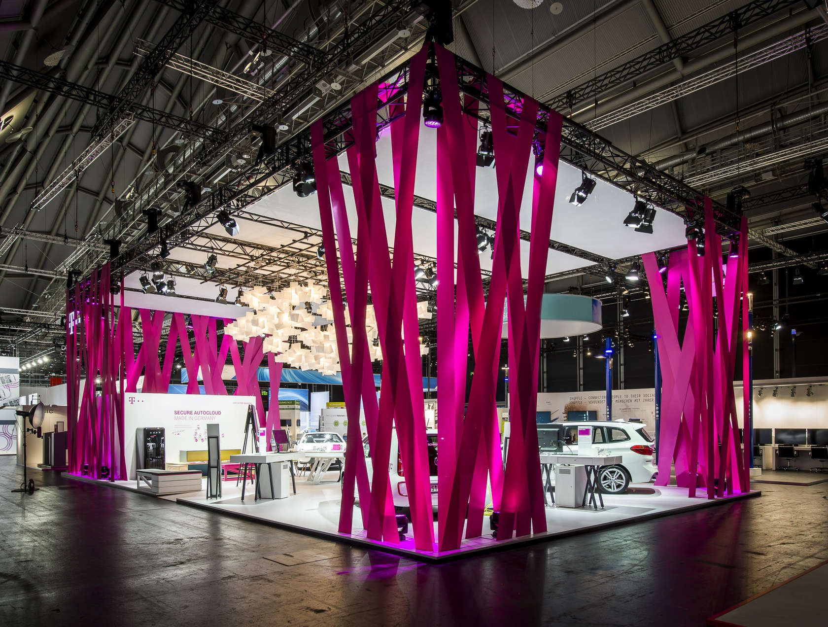 hartmannvonsiebenthal Building Brand Experience Concept