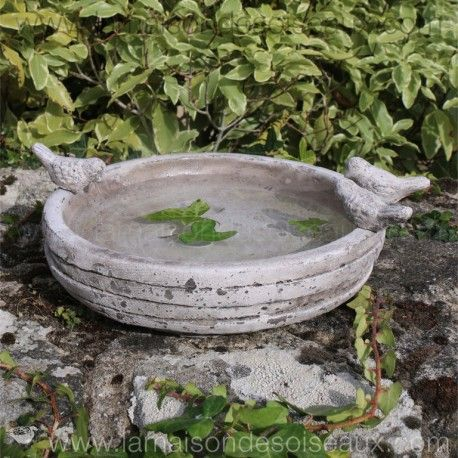 Grand bain d 39 oiseau en terre cuite patine ancienne - Bordure de jardin ancienne en terre cuite ...