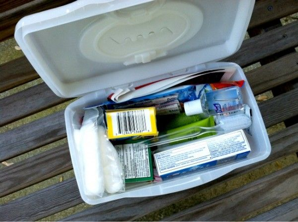 Do It Yourself: Sample Size First Aid Kits | Money Saving Mom