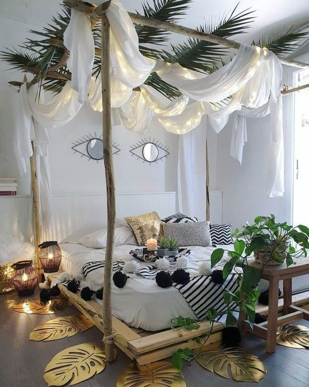 Bamboo canopy bed style – organic natural design