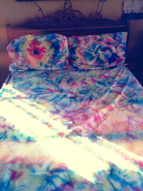 Talking Of Which. Do Tie Dye Bed Sheets Too!
