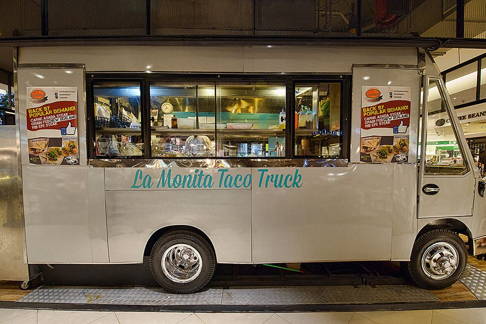 Bangkok has hit the Asian foodie nerve in a big way, and the city's rise to gourmet stardom has been accompanied by its latest trend: food trucks bringing epicurean treats on wheels to the masses. We take a look at some of the top players out on the Bangkok streets these days.