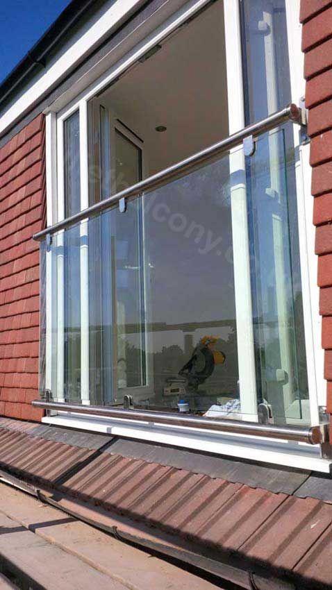 Customer Glass Juliet Balcony