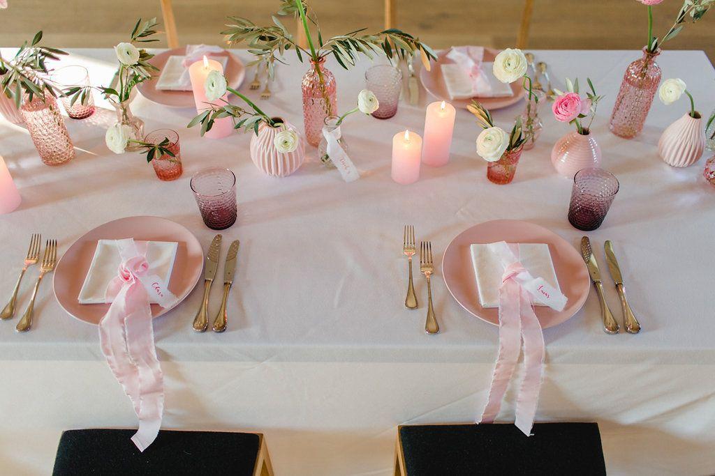 Hochzeitsfarbe Rosa Ganz Modern Und Urban Umsetzen Tischdekoration Hochzeit Tischdeko Hochzeit Rosa Hochzeit