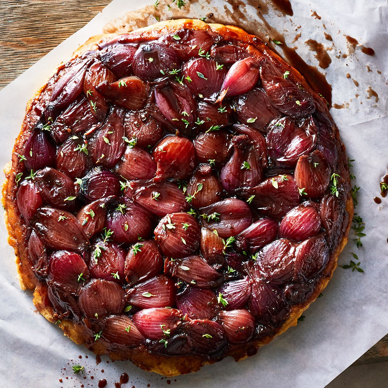 Red Wine Balsamic Pearl Onion Tarte Tatin In 2020 Balsamic Pearls Hearty Dinner Tarte Tatin