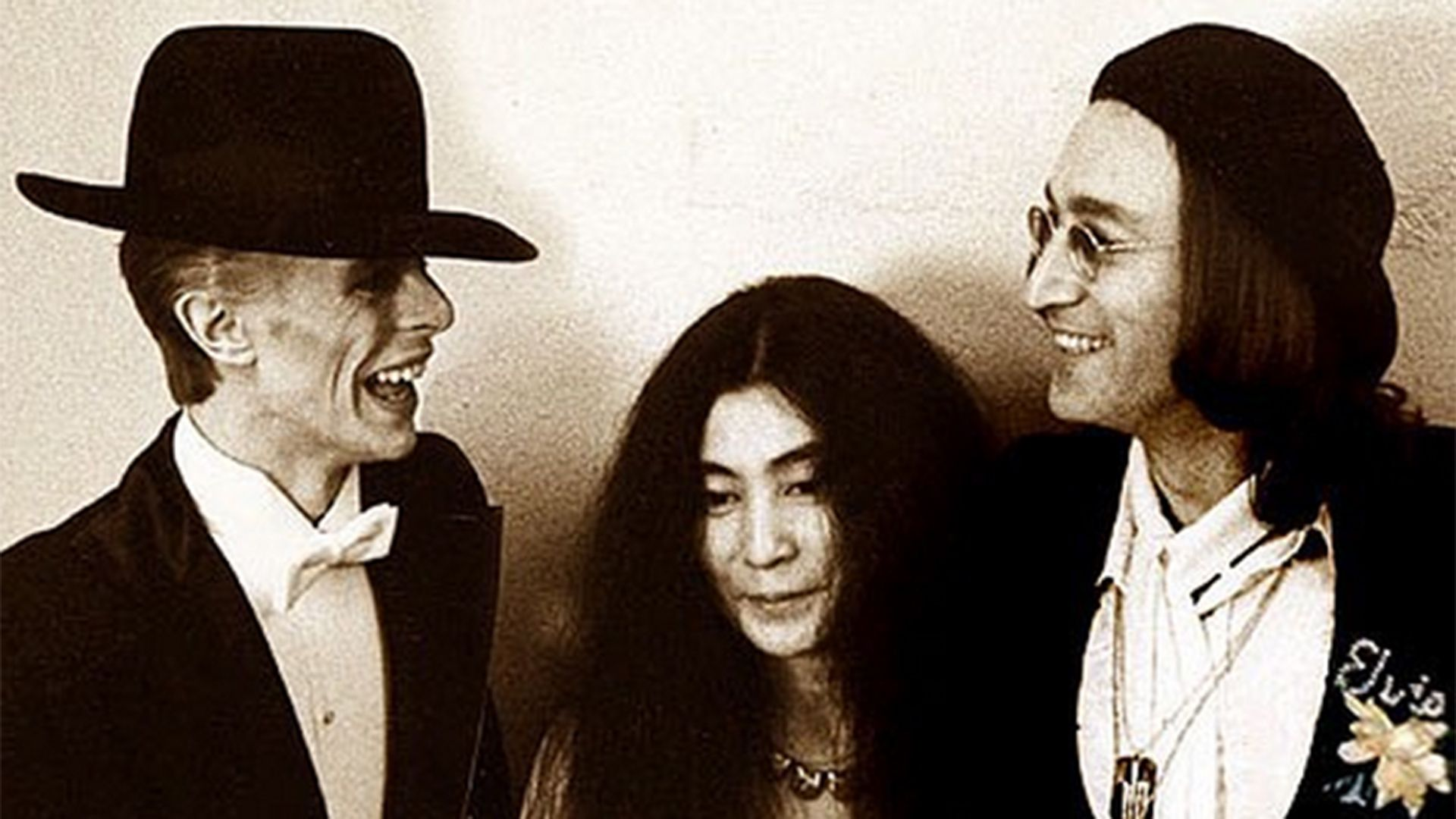 Yoko Ono David Bowie Was A Father Figure To My Son After John Lennon Died David Bowie John Lennon David Bowie David Bowie Pictures