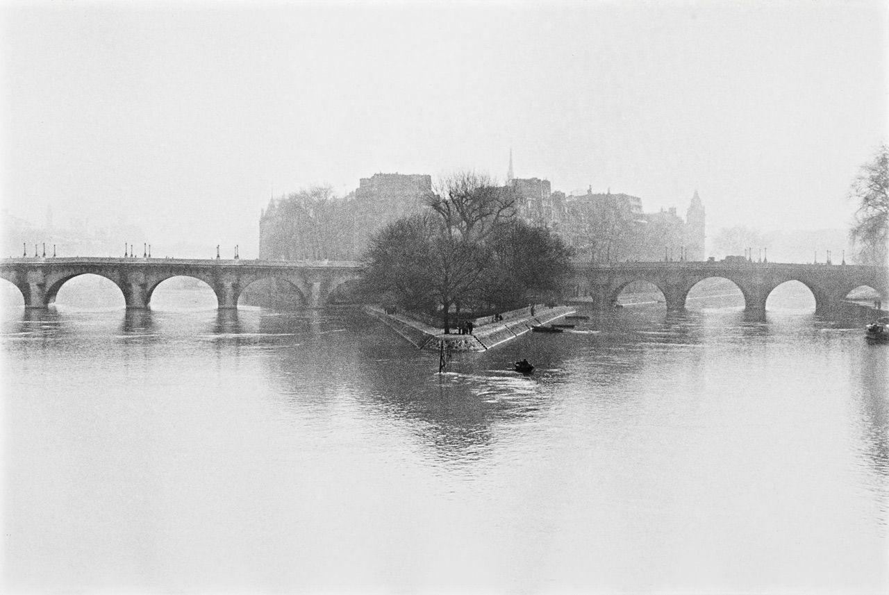 Île de la Cité, Paris, 1951 - Henri Cartier-Bresson