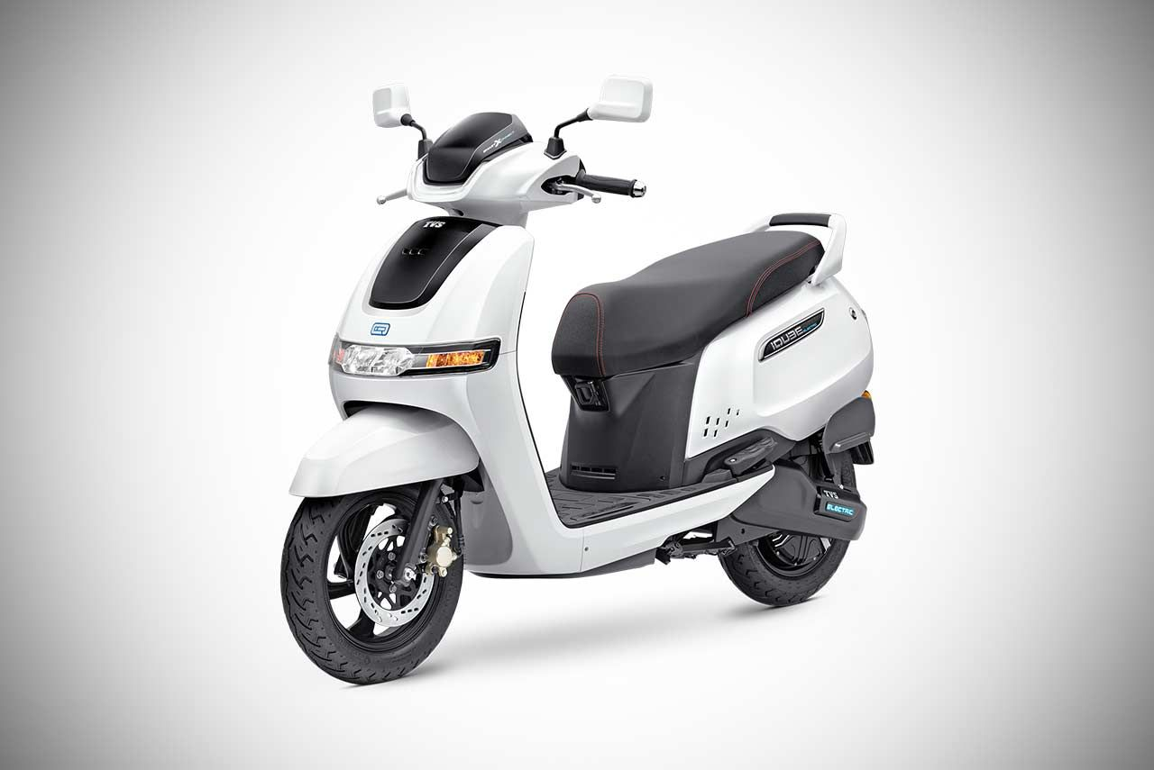 Tvs Iqube Electric Scooter Priced At Inr 1 15 Lakh In 2020