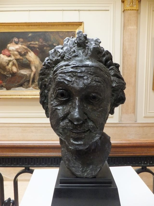 Jacob Epstein: Professor Albert Einstein.