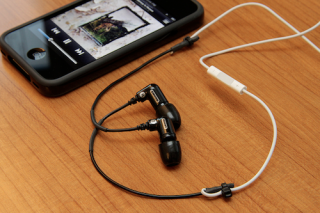 Top 10 Headphone Hacks Apple accessories, Iphone headset