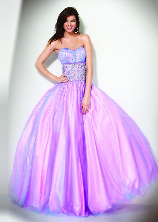 22b88966583 How to Choose A Perfect Prom Pageant Dress According to Your Body ...