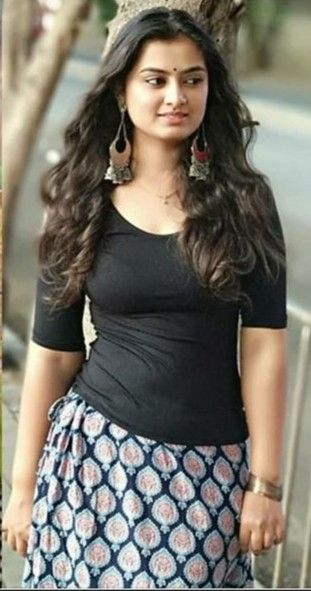 Pin By Valmeeki Nayaka On P Indian Natural Beauty India Beauty Women Most Beautiful Indian Actress