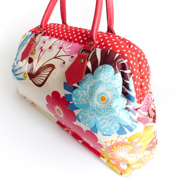 The Cavernous Carpet Bag In 2 Sizes Pattern Booklet Carpet Bag Bags Handbag Patterns