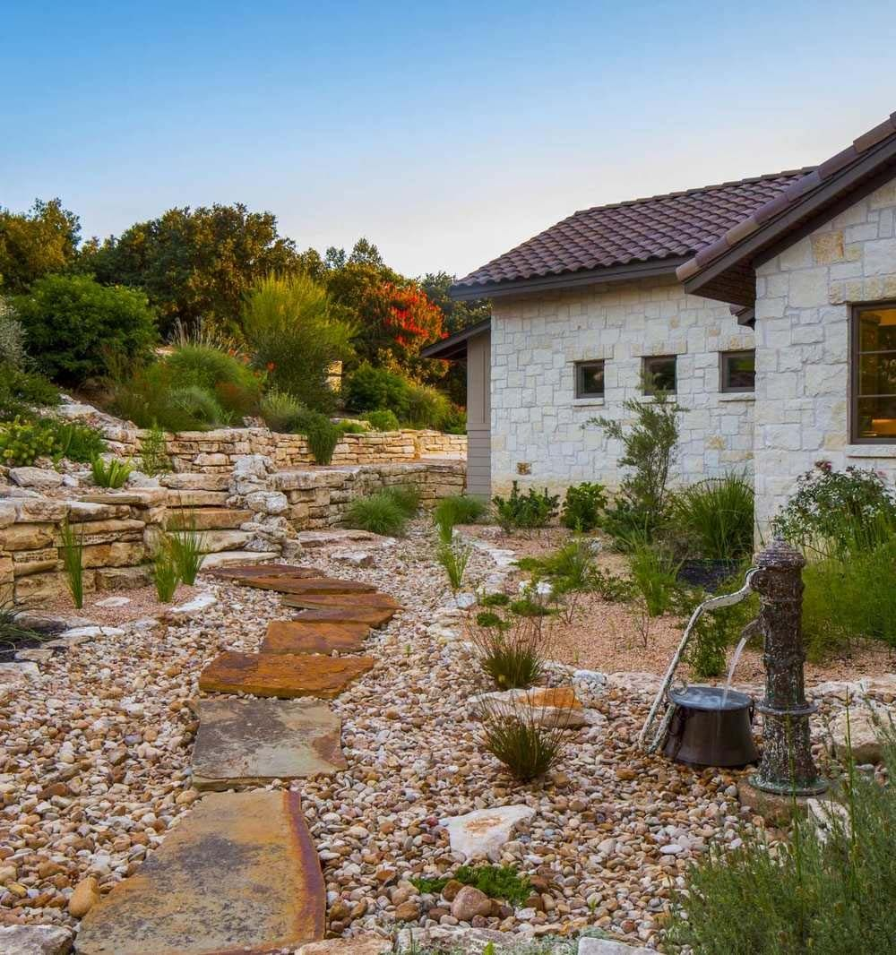 Modern Italian Garden Design: European Farmhouse On A Texas Hillside Soaking In The