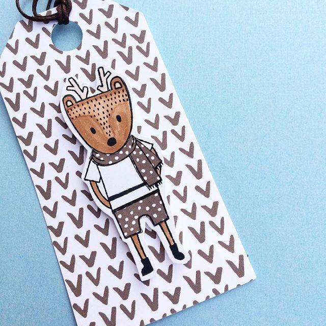 threescoopsdk - cardmaking - clearstamps - paperdesign - fødselsdagskort - tillykkekort - papirdeign - kortdesign - hjemmelaver kort - håndlavet kort - tags - gavemærker