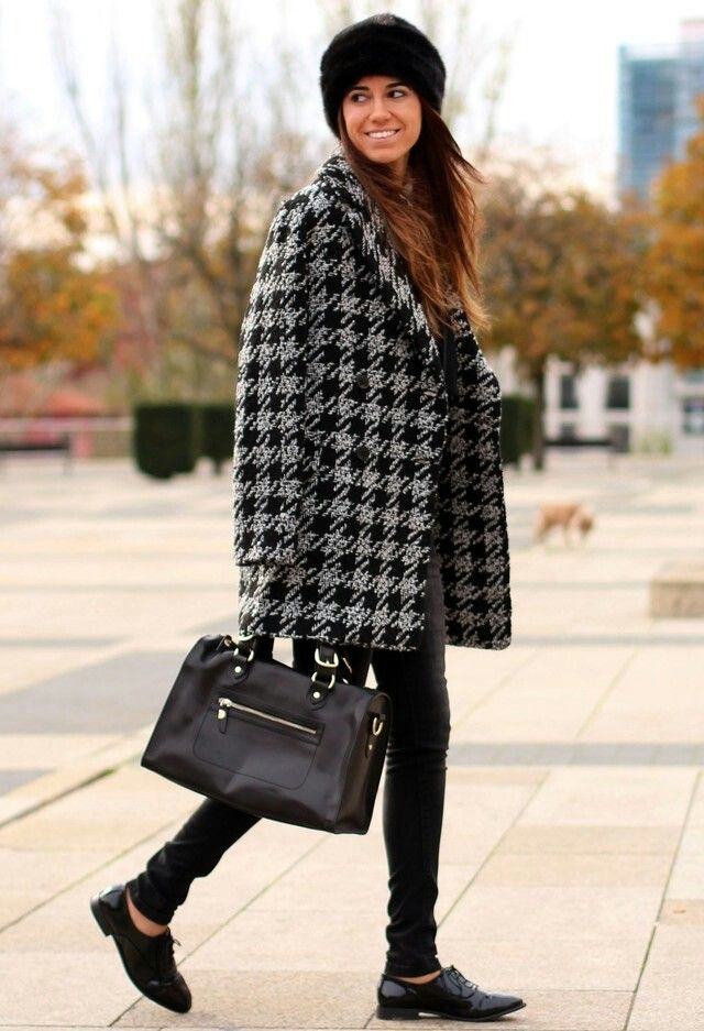 Street style for woman. #fashion #winter