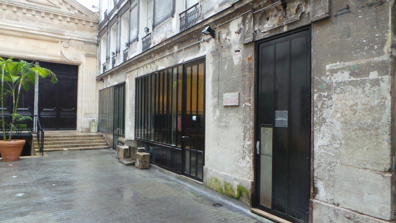 08115e5867 Azzedine Alaia outlet 18 Rue de la Verrerie, 75004 Paris, Francia +33 1