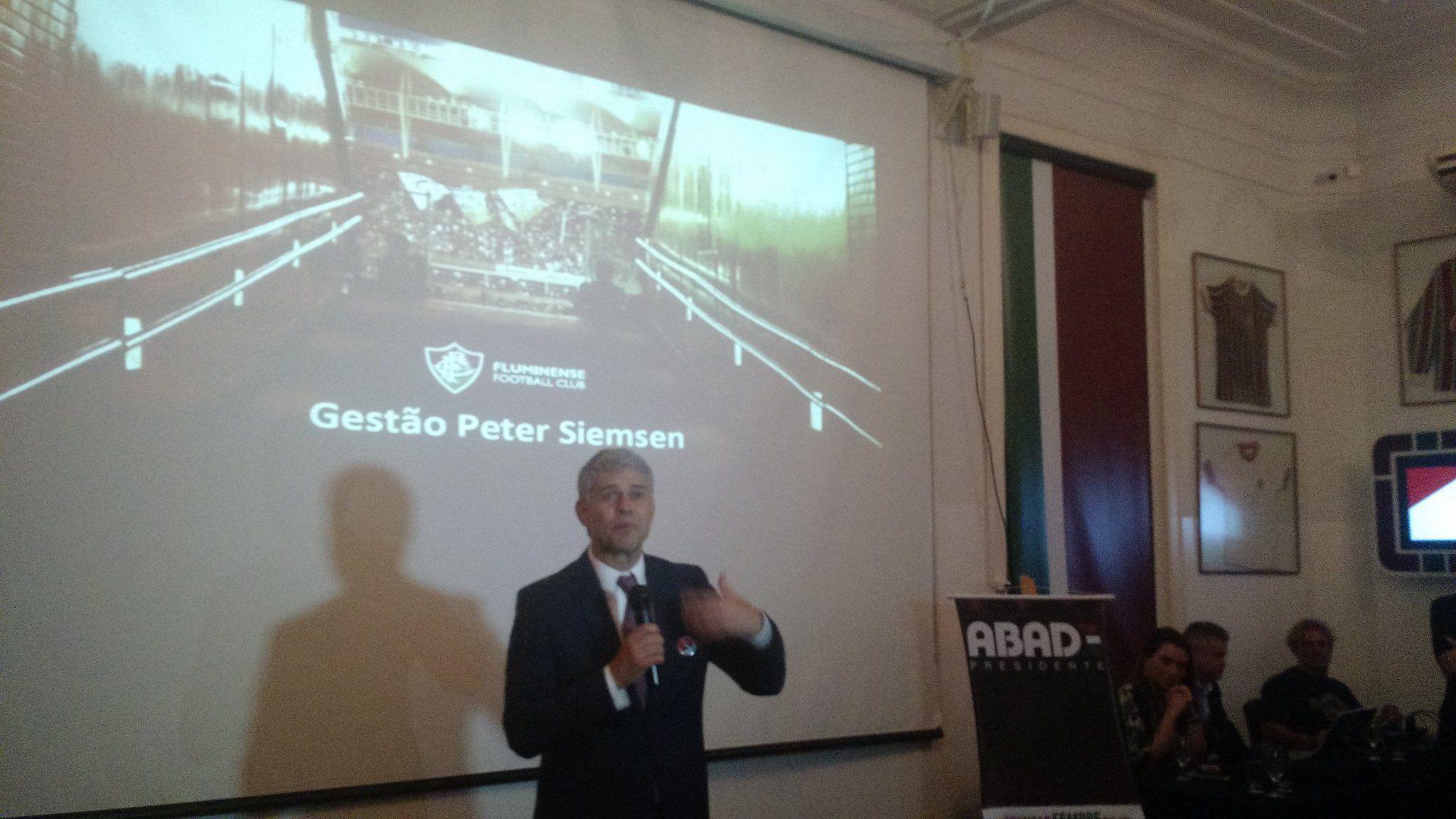 Peter anuncia aquisição de terreno para construção de estádio do Flu #globoesporte