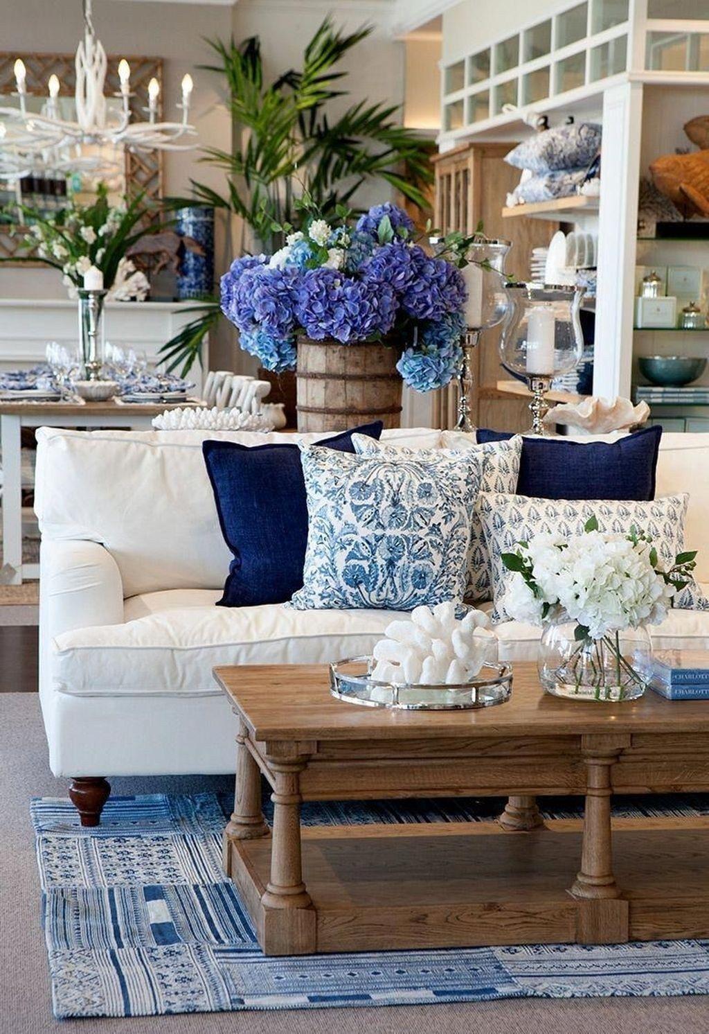 45 Magnifique Vie Cotiere Decoration De La Chambre D Idees 13 Il Peut Etre Inspire P Coastal Decorating Living Room Blue Living Room Beautiful Living Rooms