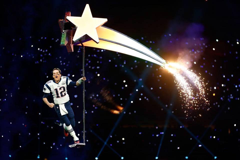 f79033dd5e Tom Brad marido de Gisele uma estrela do futebol Americano