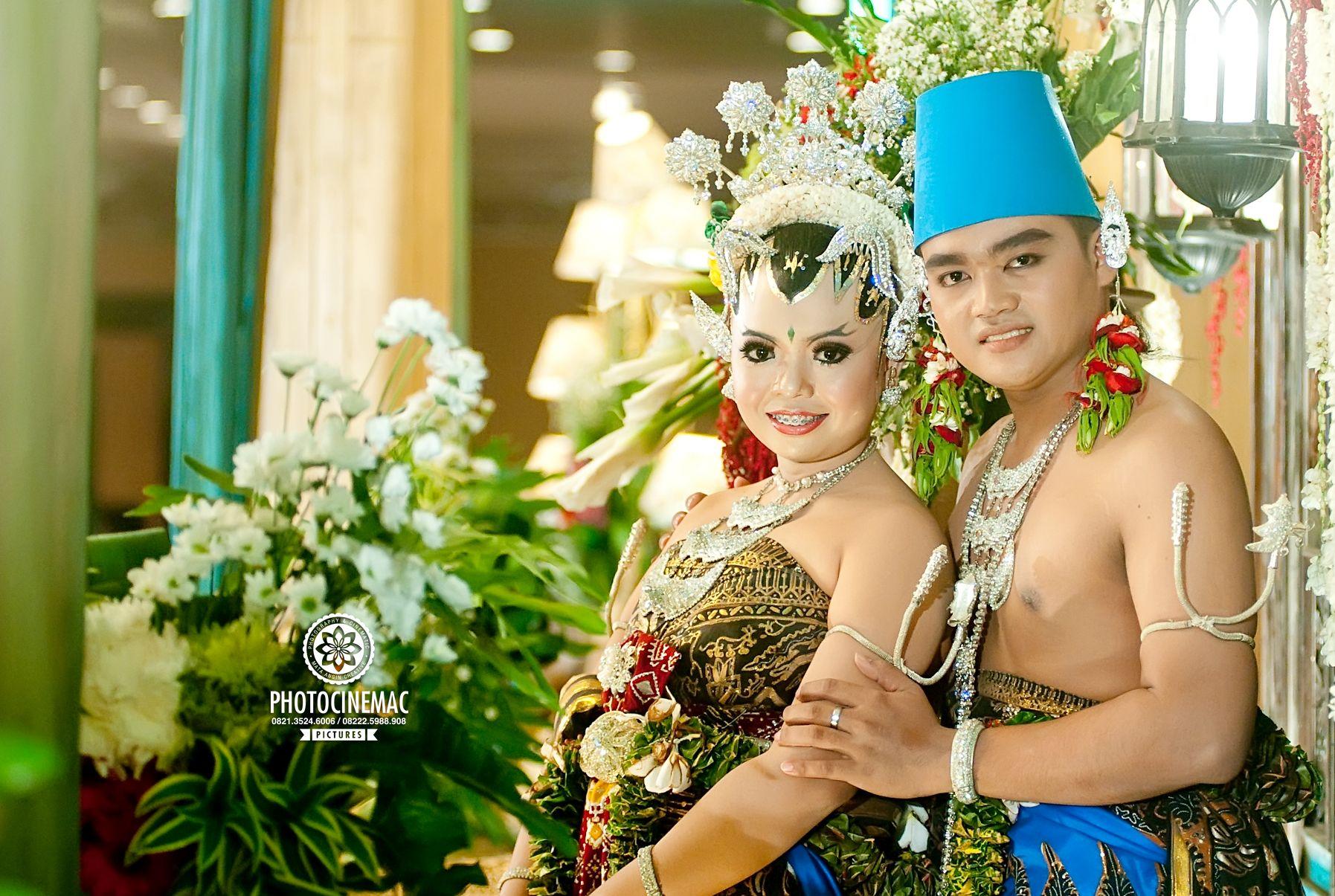 Pakaian Pernikahan Adat Yogyakarta