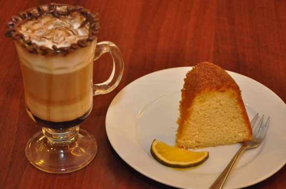 .Precisamos oxigenar nossa ideias e nada melhor do que uma pausa para um café com bolo caseiro!