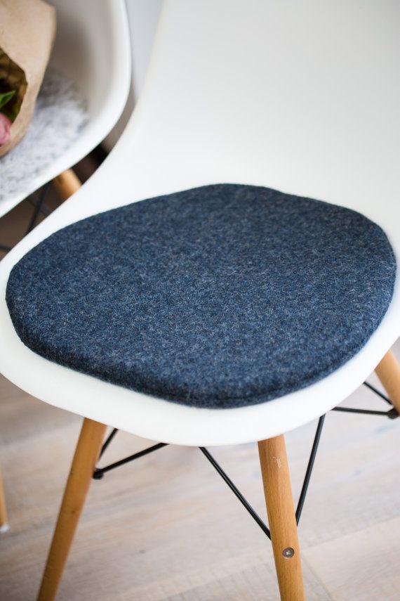 stuhlkissen passend fr eames chair in taubenblau limitiert - Eames Chair Sitzkissen