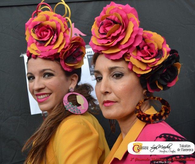 Lya Maisha con diseños de Flamenca Gómez y tocados de Tokaitas de flamenca