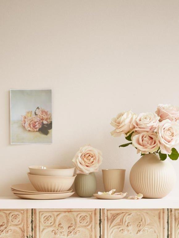 wohnen mit farbe pastell als wandfarbe mit farbigen m beln sorgen romantik und wandfarbe. Black Bedroom Furniture Sets. Home Design Ideas