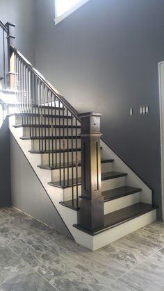 39 Inspiring Painted Stairs Ideas #paintedstairsideas Staircase design, Stairs design, Stairway decorating, Stair railing ideas, Stairs makeover, Modern staircase #staircaserailings