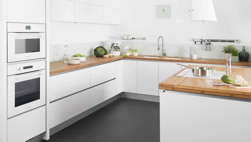 Inspiration cuisine four blanc meuble blanc plan de travail en bois inspiration appartement - Cuisine meuble bois ...