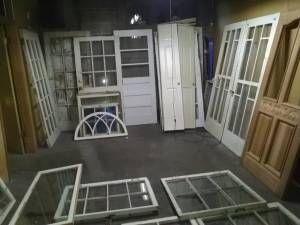 Craigslist Link Used Windows Doors For Projects And Decorating Located In Memphis Windows Doors Windows Decor