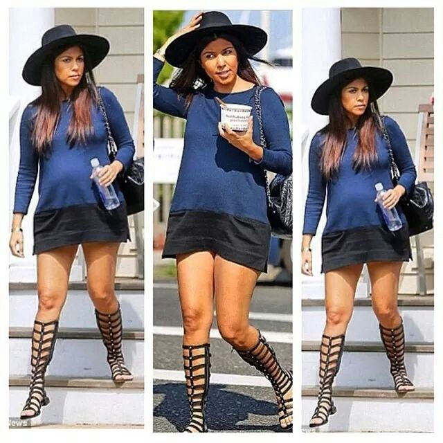 I love Kourtney's style. This such a cute maternity look.