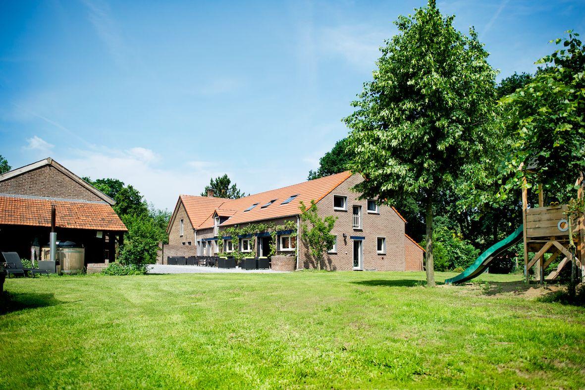 SEVENUM SVN-1511 (30 personen) Limburg (Nederland) - 1,8 uur - 15 ...