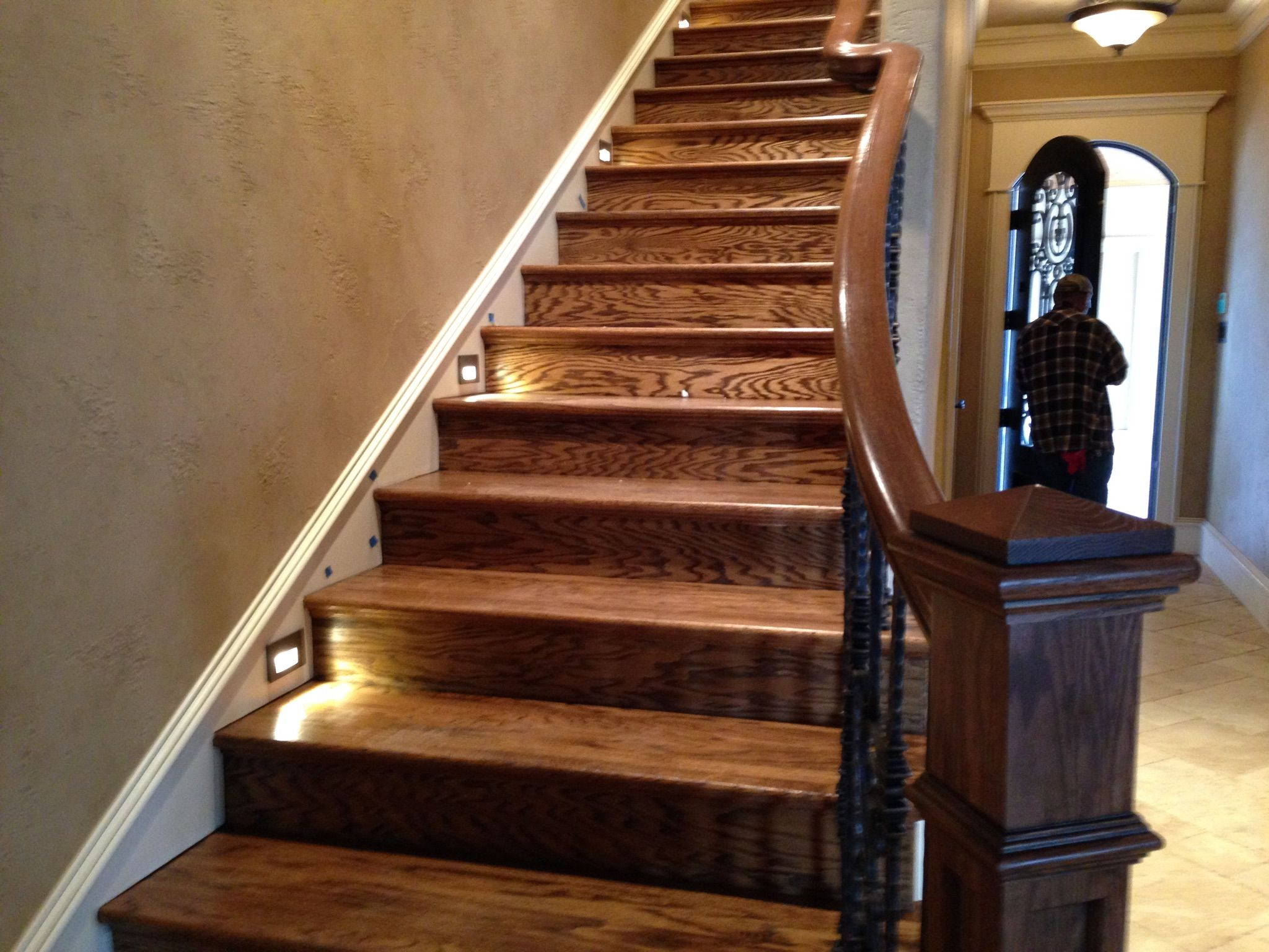 Best Solid Treads And Risers Handscraped Loveoakline 400 x 300