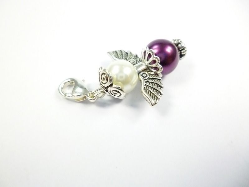 Charm Schutzengel Perle      im Organza Beutel  Kleiner Engel Charm   Maße :  Länge ohne Clip :  3,4 cm  Länge mit Clip:  4,4 cm  Bre...