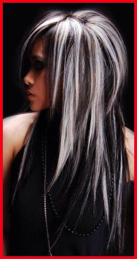 White And Black Hair Color Ideas Pelo Castano Con Mechas Iluminaciones En Cabello Oscuro Color De Cabello
