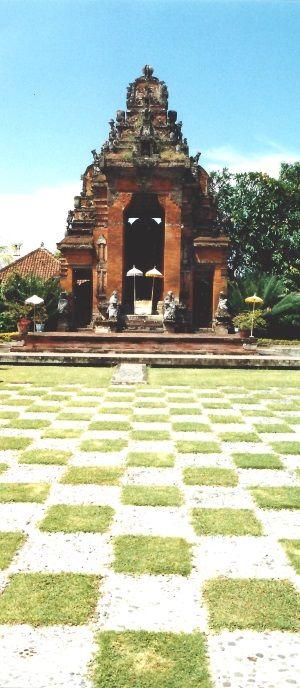 Tombeau royal de Semarapura