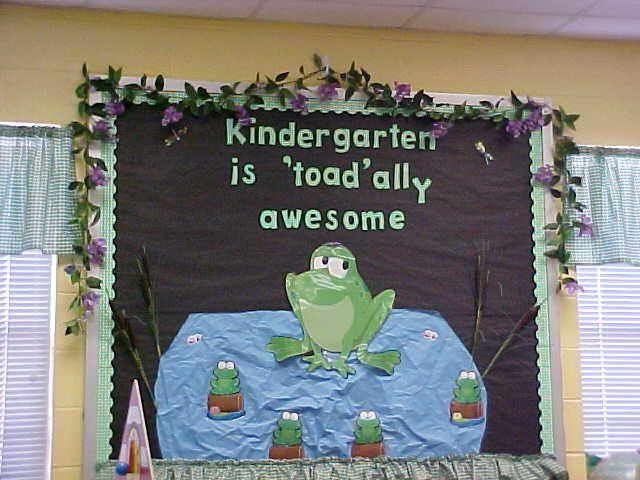 Swamp frog classroom theme classroom pinterest for Ranas decoracion jardin