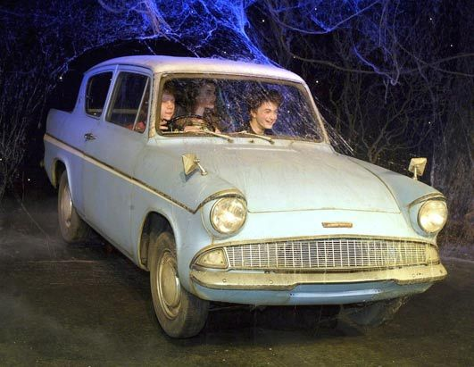 Ford Anglia 1950 L Auto Volante Di Harry Potter In Harry Potter