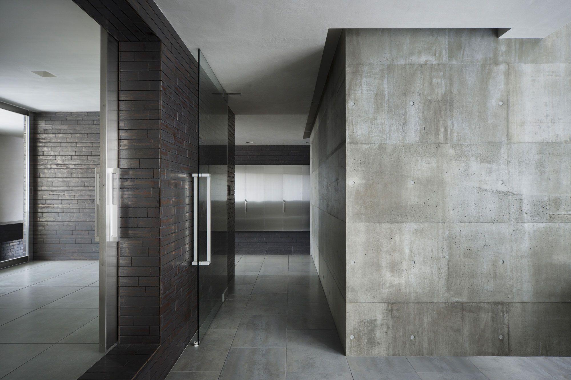 Black brick wall interior - Bricks