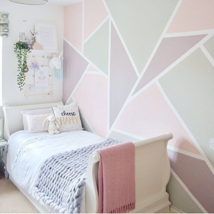 Gorgeous Pink Bedroom For A Little Girl With A Pink Purple And Grey Geometric Feature Wall Feature Wall Bedroom Girls Room Paint Bedroom Wall Designs