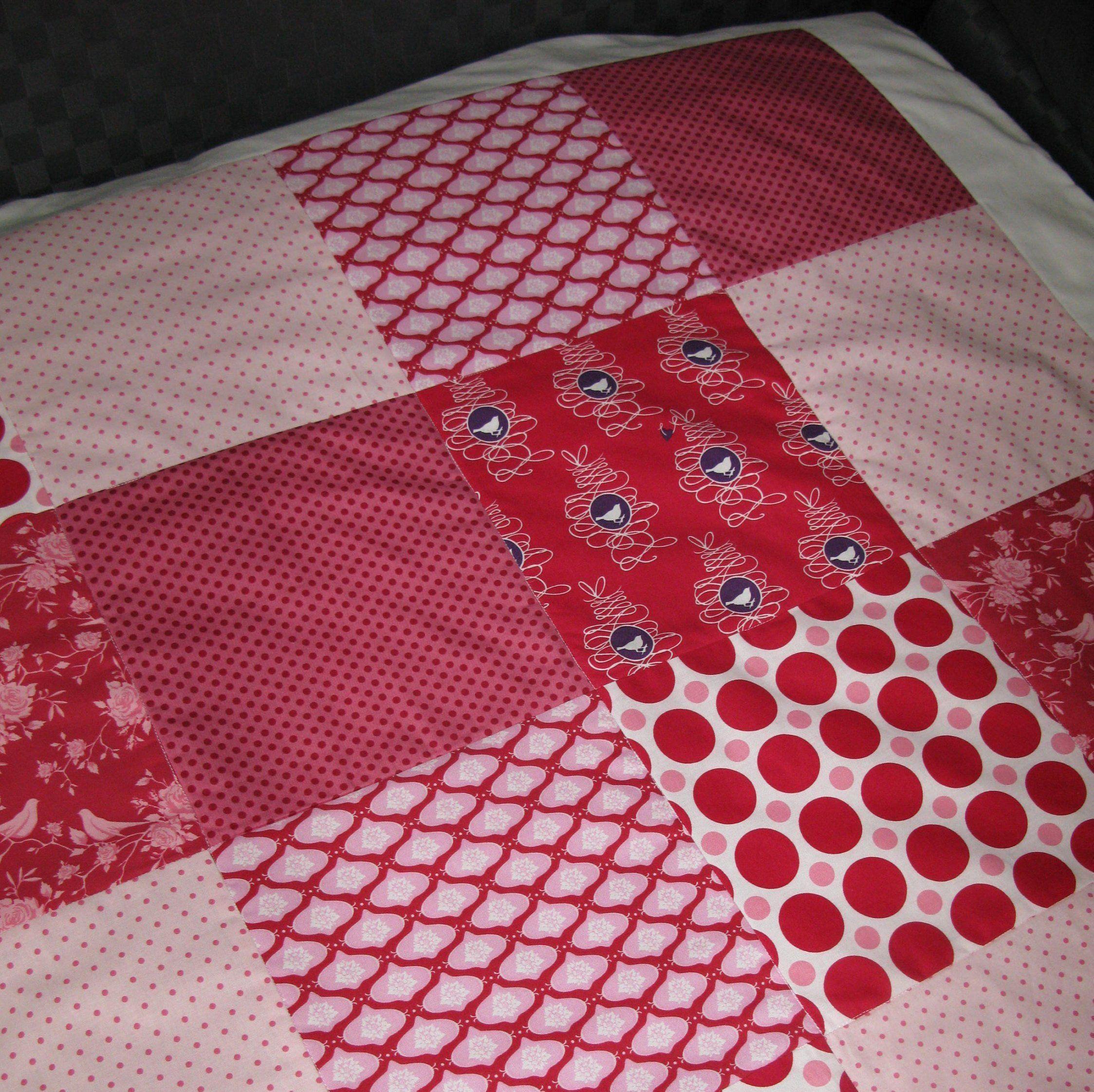 Geburtstagsgeschenk Fraulein Storchenbein Rot Pink Weiss