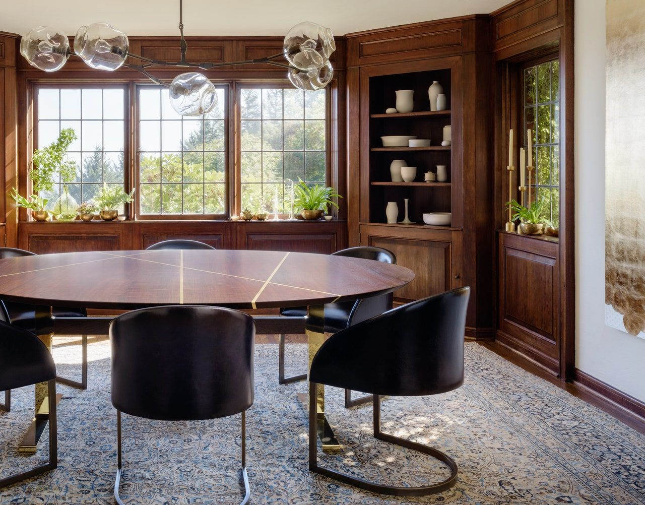 Go Inside A Historic Portland Tudor That S Surprisingly Modern Architectural Digest In 2020 Home Interior Design Tudor House